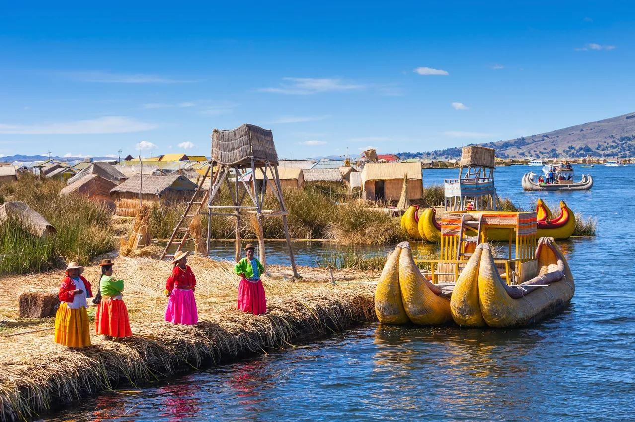 Crystal Healing at The Sacral Chakra of Earth [Lake Titicaca, Peru]