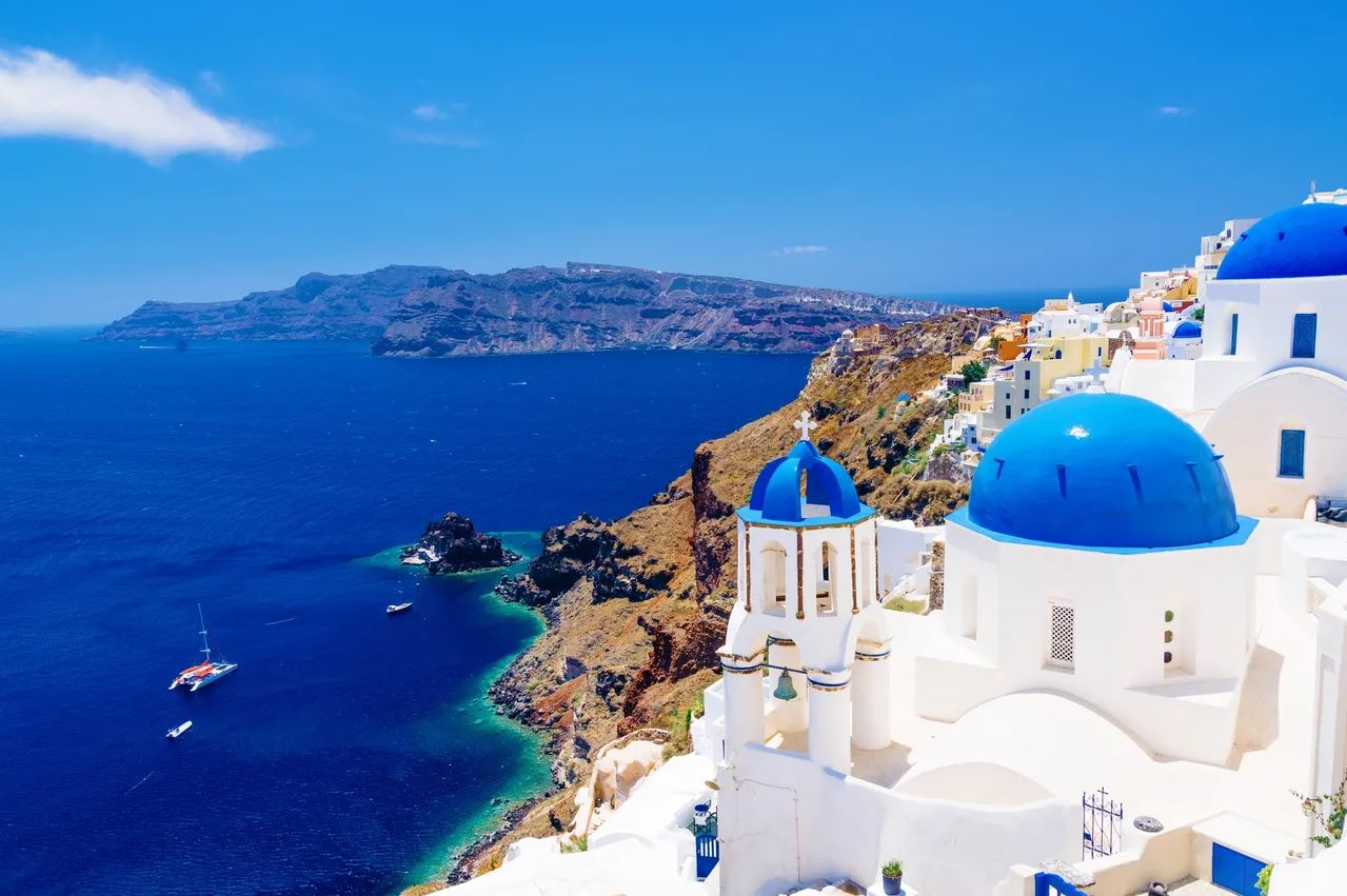 The Spirit of Santorini Energetically Calms and Awakens Ambition